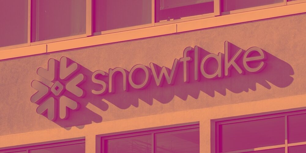 Snowflake (NYSE:SNOW) Q1: Beats Estimates But Share Price Drops Cover Image