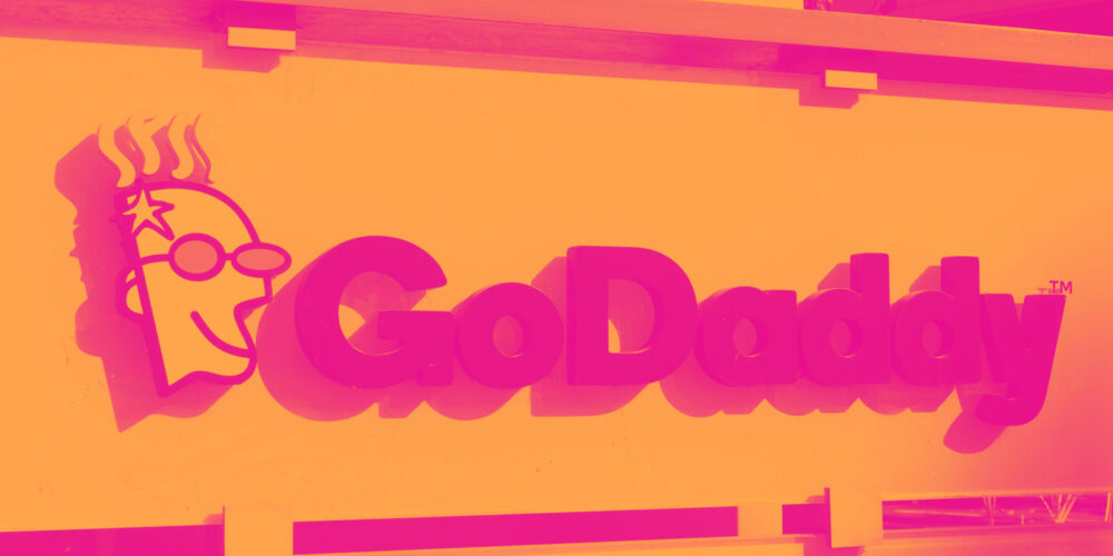 GoDaddy (NYSE:GDDY) Q2: Beats On Revenue But Quarterly Guidance Underwhelms Cover Image