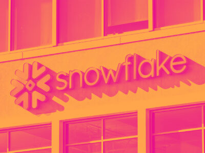 Snowflake (NYSE:SNOW) Delivers Strong Q2 Numbers, Gross Margin Improves Cover Image